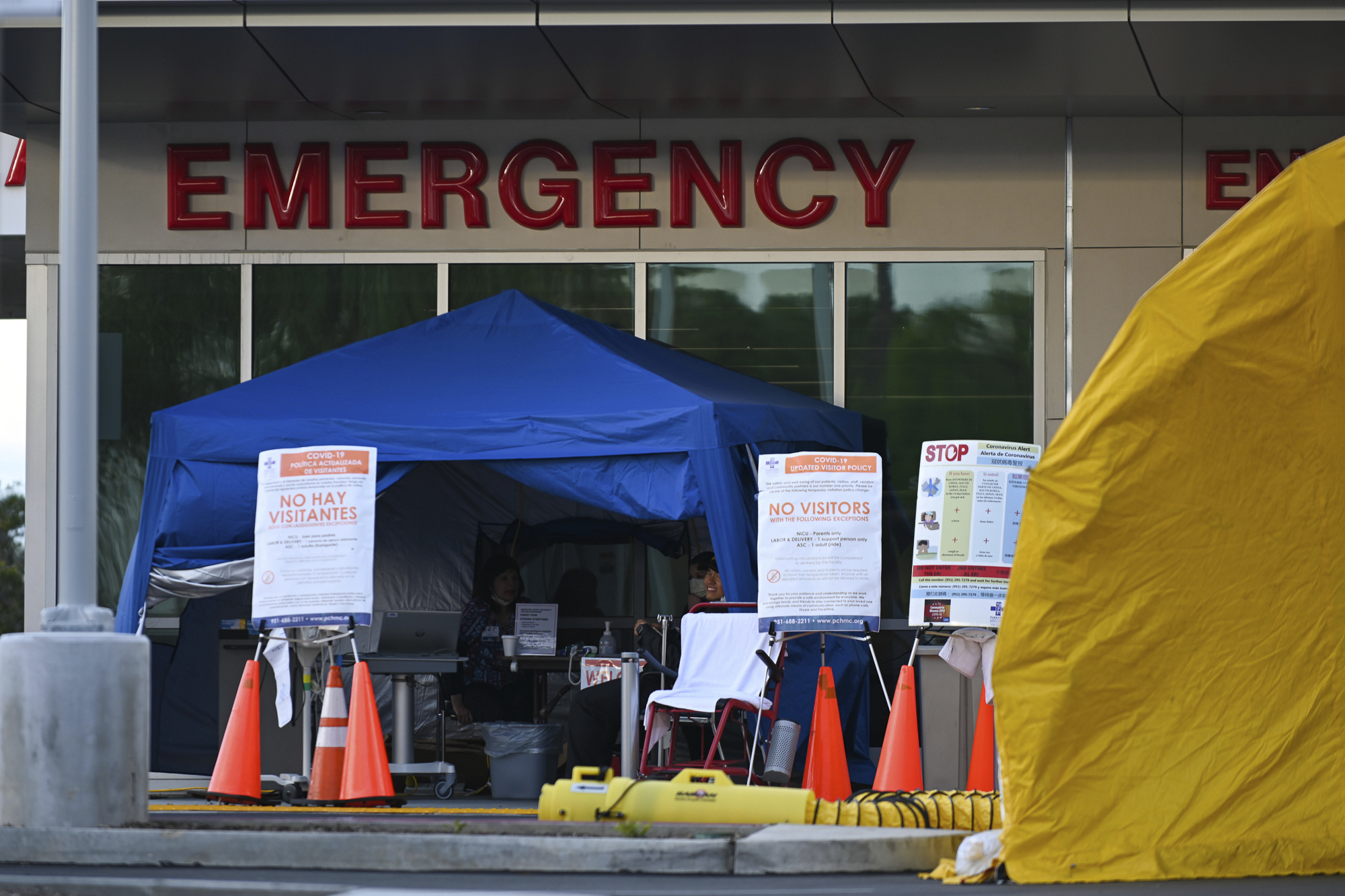 General overall view of coronavirus (COVID-19) testing outside Parkview Community Hospital on Wednesday, March 25, 2020, in Riverside, Calif. Photo by Dylan Stewart/Image of Sport via AP
