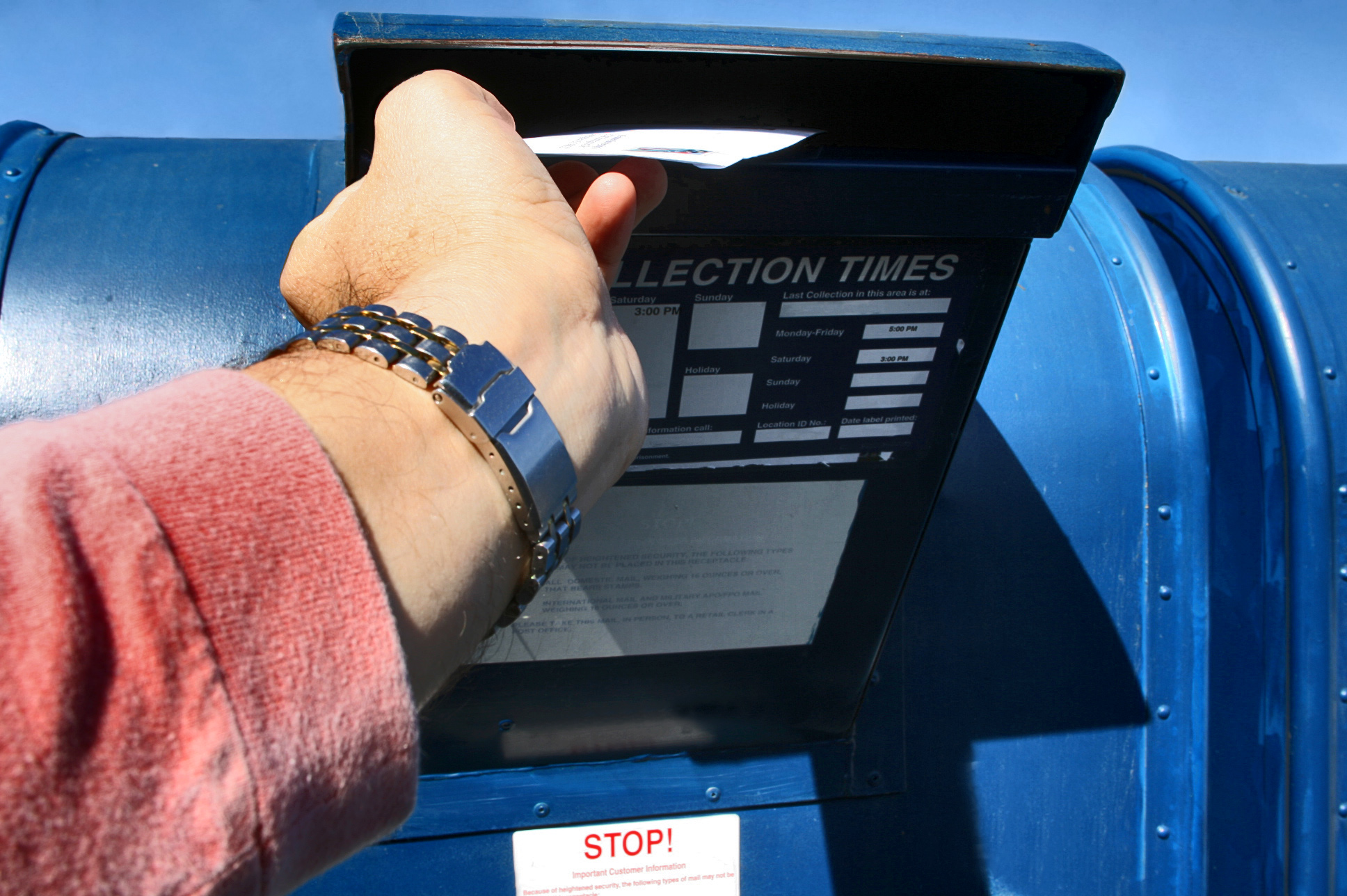 The coronavirus pandemic has accelerated California's move to an all vote-by-mail election option. Photo via iStock